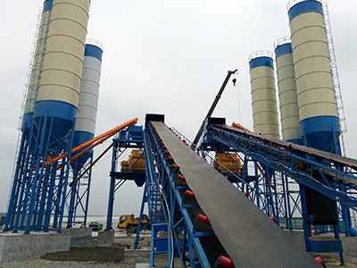 HZS120 Belt Conveyor Concrete Batching Plant